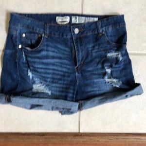 Pants - Women's jeans shorts
